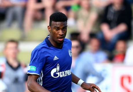 U.S. duo reach Schalke first team