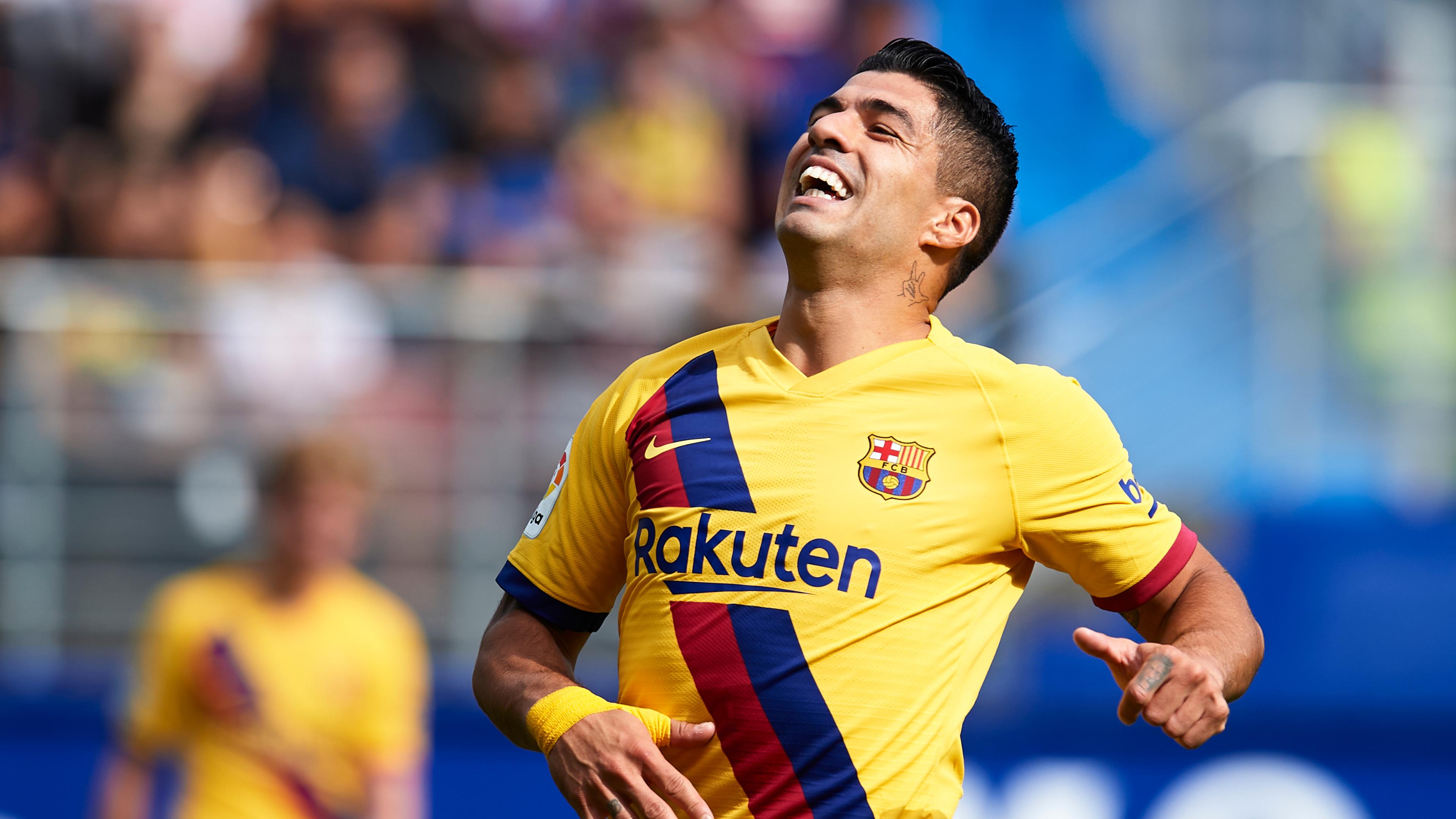 Suarez suffers injury setback in surprise Barcelona defeat