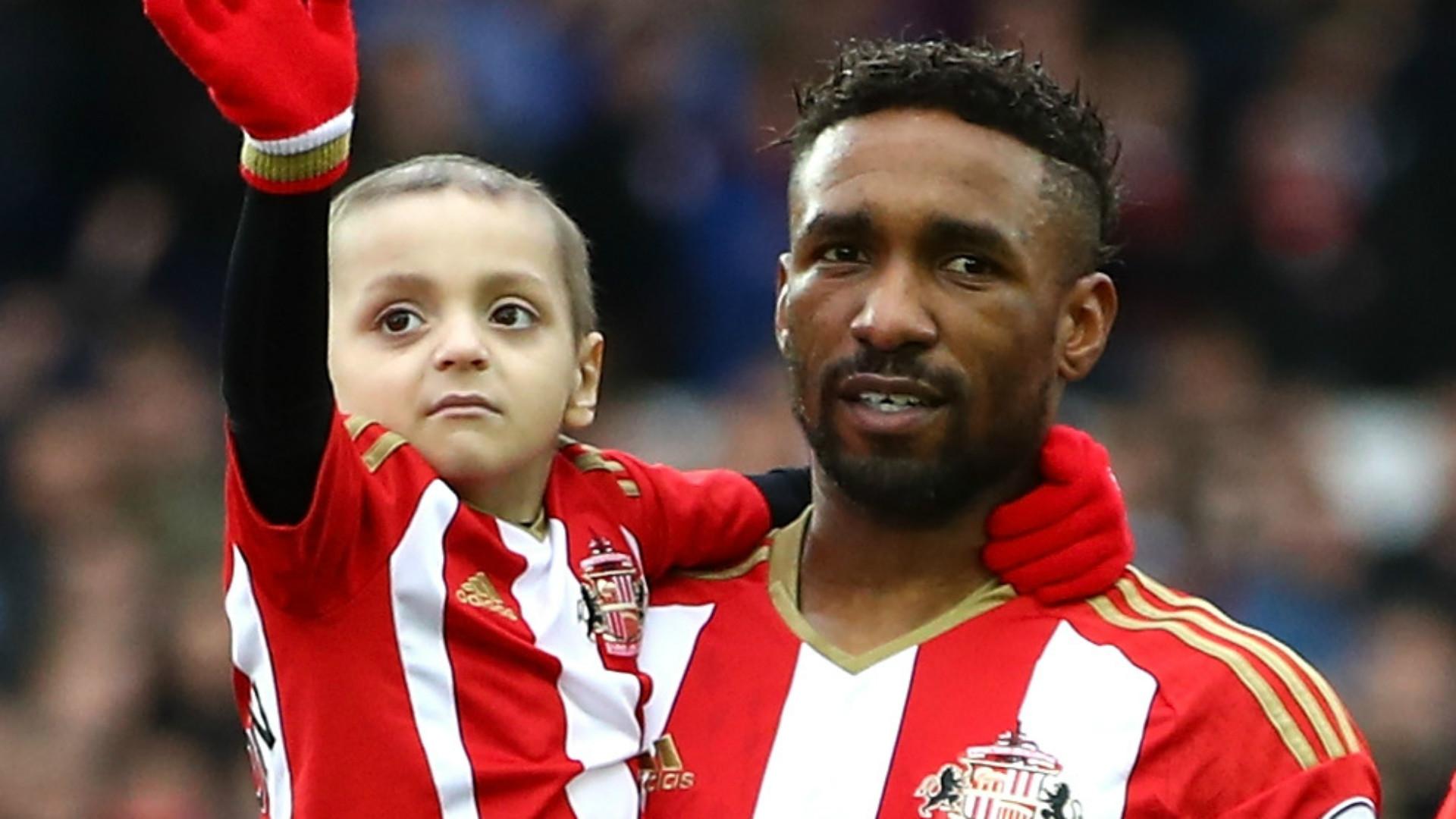 Jermain Defoe visits terminally ill Sunderland fan Bradley Lowery
