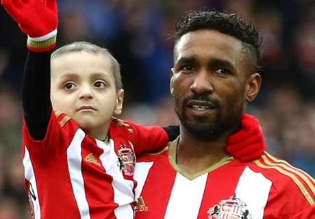 Defoe visits ill Sunderland fan Bradley