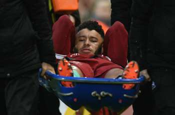 Oxlade-Chamberlain to miss most of the season, Klopp reveals