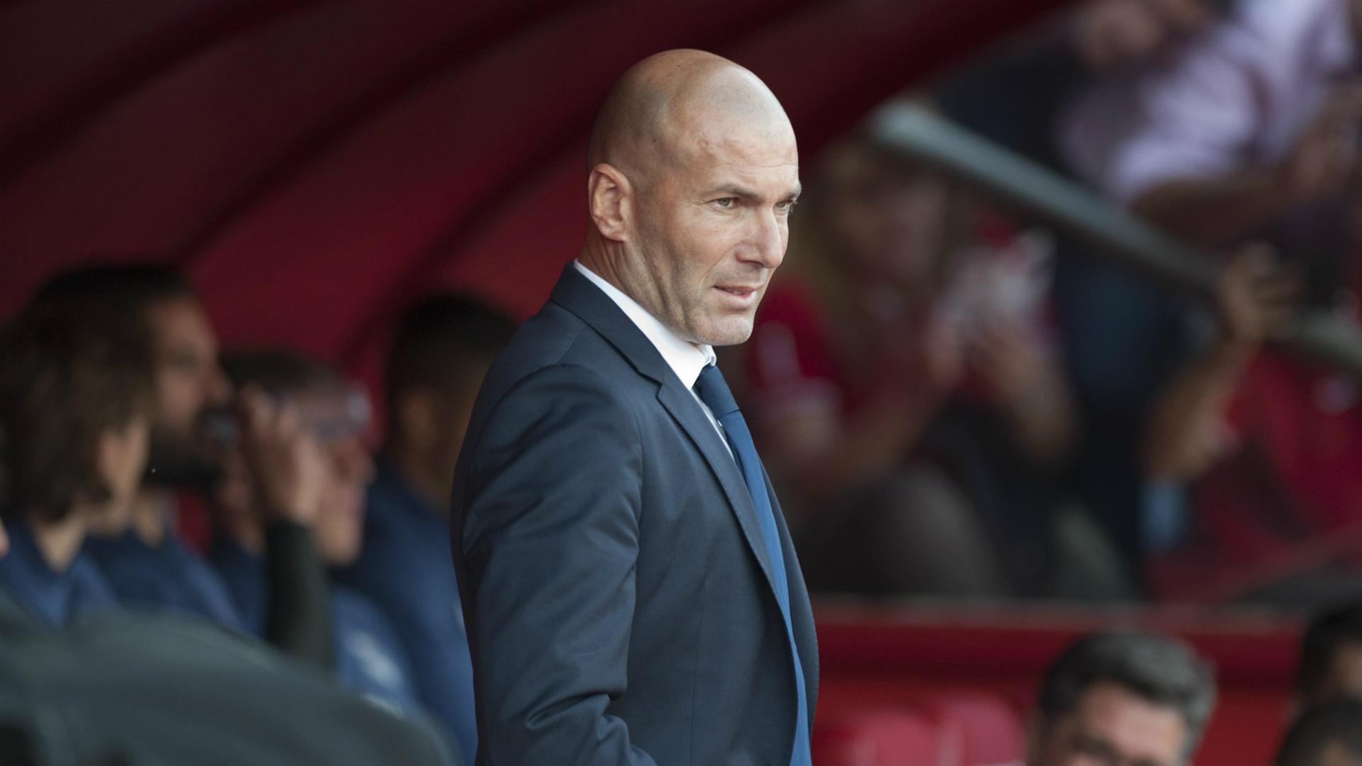 Spain la liga table standing 2016 2017 - Zinedine Zidane Real Madrid Granada Laliga 06052017