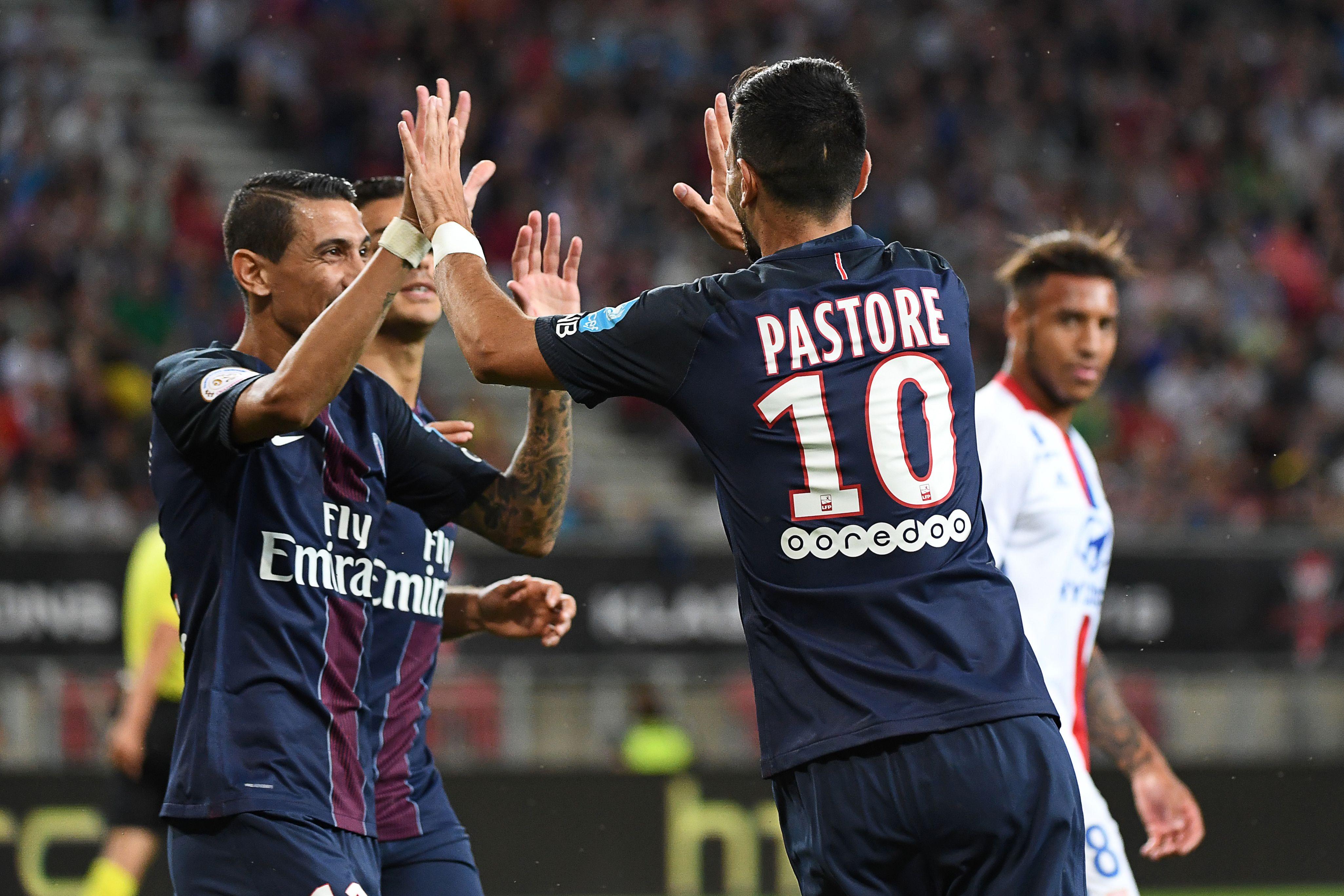 Pastore tiene su primer buen gesto con Neymar