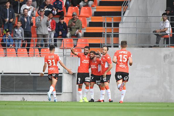 Ligue 2 : Lorient enchaîne, Auxerre accroche Clermont