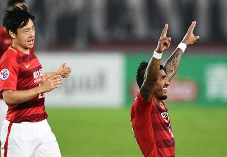 VIDEO: Paulinho tuns on the flair