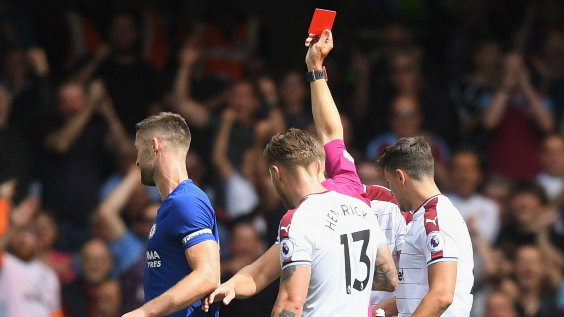 Gary Cahill sent off Chelsea Burnley