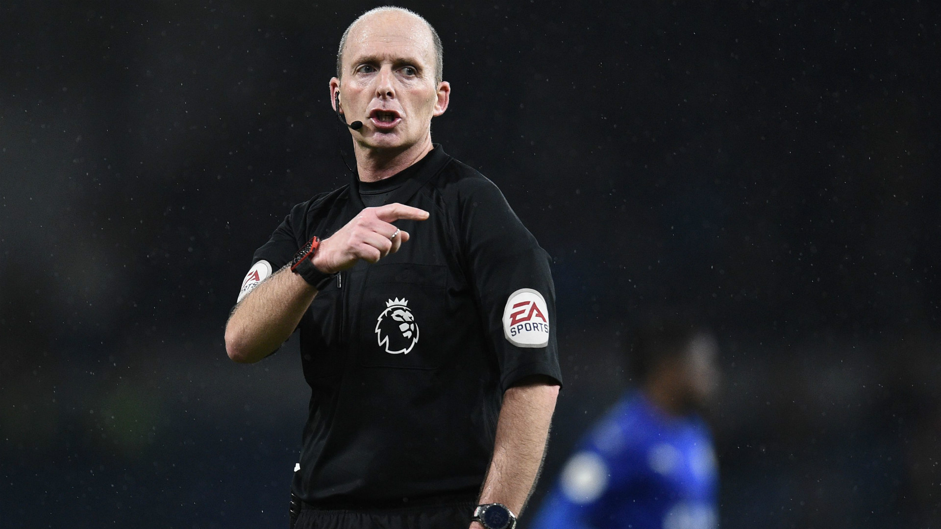 Arsenal fans rage over Mike Dean refereeing North London Derby