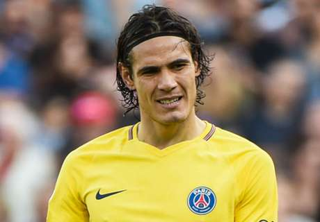 RUMOURS: Cavani offered cash to give up penalties