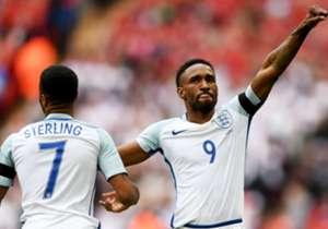 Di usia 34 tahun, Jermain Defoe masih mampu mencetak gol untuk timnas Inggris. Goal melirik kembali deretan striker di atas 33 tahun yang masih tajam.