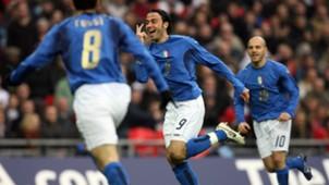Pazzini England Italy 2007