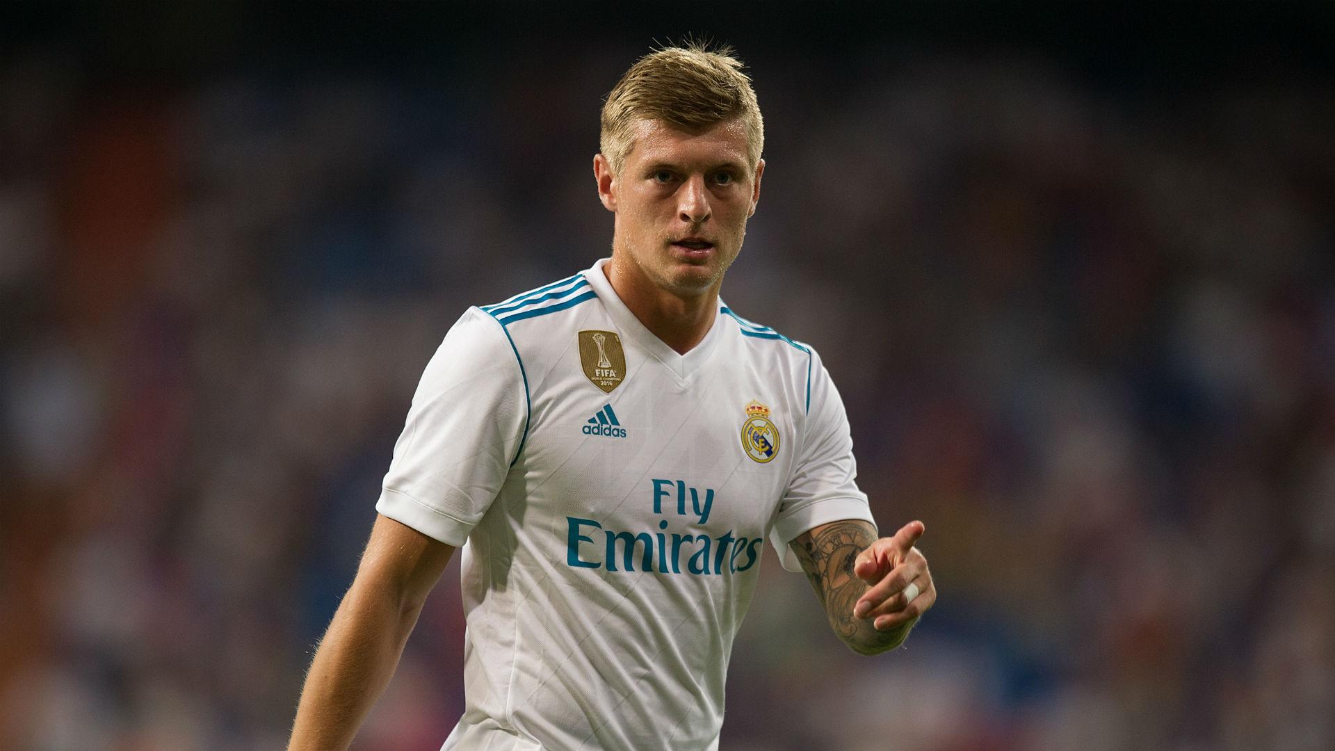 Carvajal renova contrato com Real Madrid até 2022