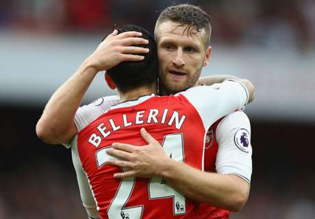 Bellerin hails 'great addition' Mustafi