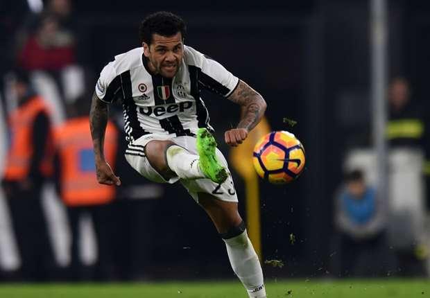 Alves Kembali Bicara Soal Pandangannya Terhadap Sepakbola