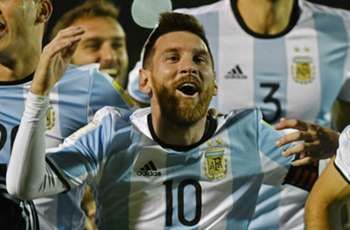 Argentine club line up with 10 Messis in tribute to World Cup qualifying hero Leo