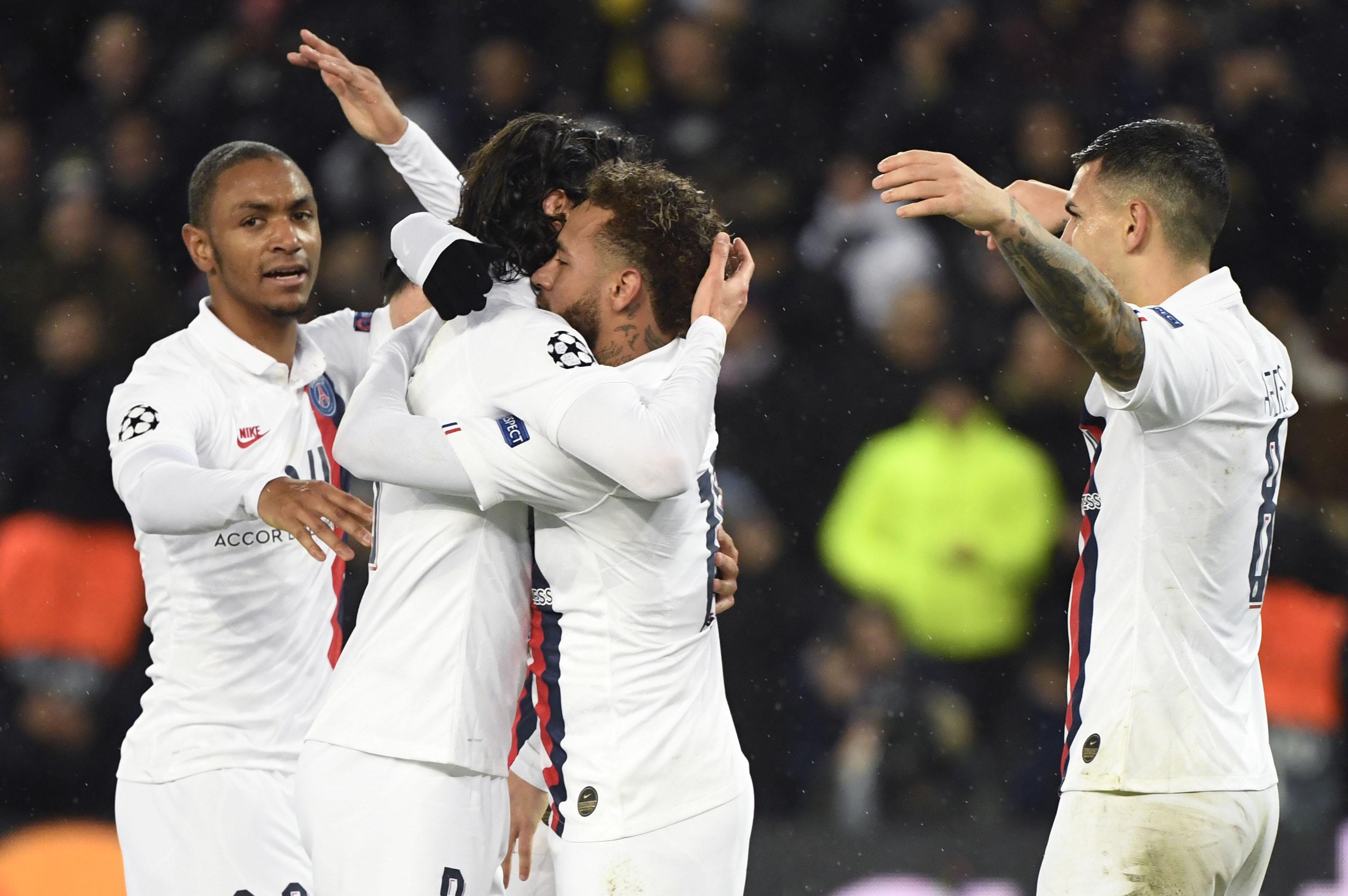 PSG-Galatasaray - Quand Neymar offre le penalty à Edinson Cavani... Quel geste !
