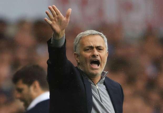 Jose Mourinho Akan Terus Rotasi Pemain