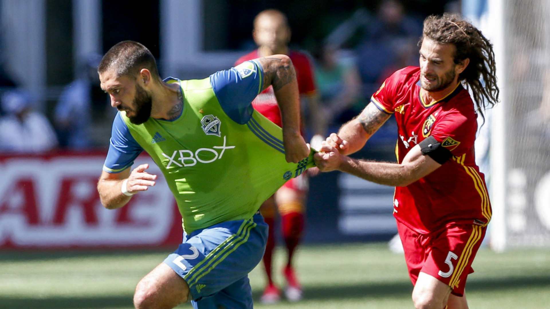 Clint Dempsey Kyle Beckerman MLS 05202017