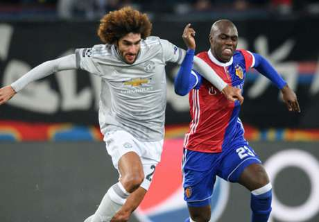 Basel stun Man United with late winner