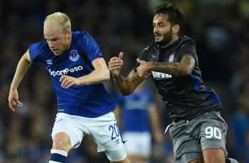 Everton's Europa League match temporarily halted by crowd trouble