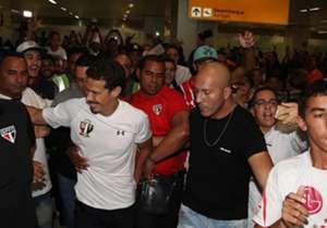 Única competição que o São Paulo ainda disputa em 2017, o Campeonato Brasileiro já está caminhando para sua metade, mas a diretoria segue buscando reforços para tentar qualificar o elenco e fazer com que a equipe deixe o quanto antes a parte de baixo d...