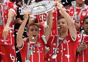 Der FC Bayern baute mit der fünften Meisterschaft in Folge seinen Bundesliga-Rekord aus - jeweils mit Philipp Lahm als Kapitän. Lahm beendete seine Karriere als Rekordmeister (acht Titel - wie Schweinsteiger, Kahn und Scholl) und mit insgesamt 21 Titel...