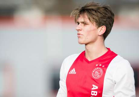 Ajax beat Bayern in cup final