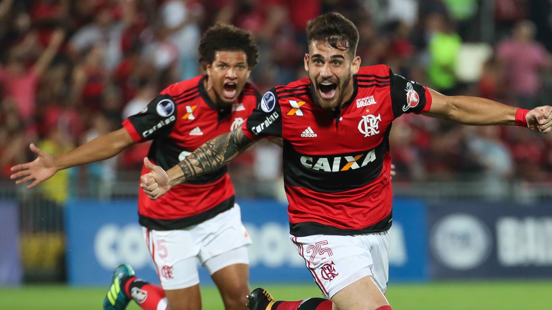 Felipe Vizeu Willian Arao Flamengo Palestino Copa Sudamericana 09082017
