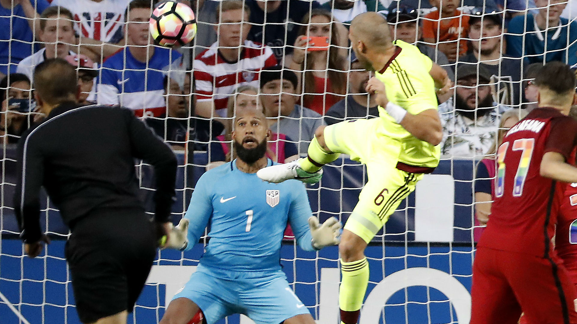 Tim Howard USA vs. Venezuela