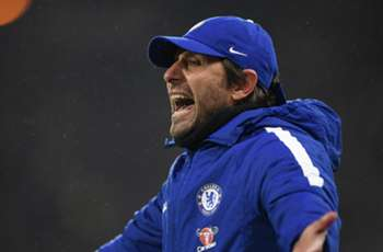 'Conte on trial against Barcelona' - Chelsea boss has to deliver, says Gullit
