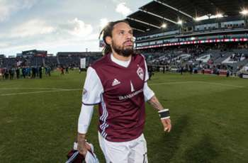 Jermaine Jones signs with LA Galaxy