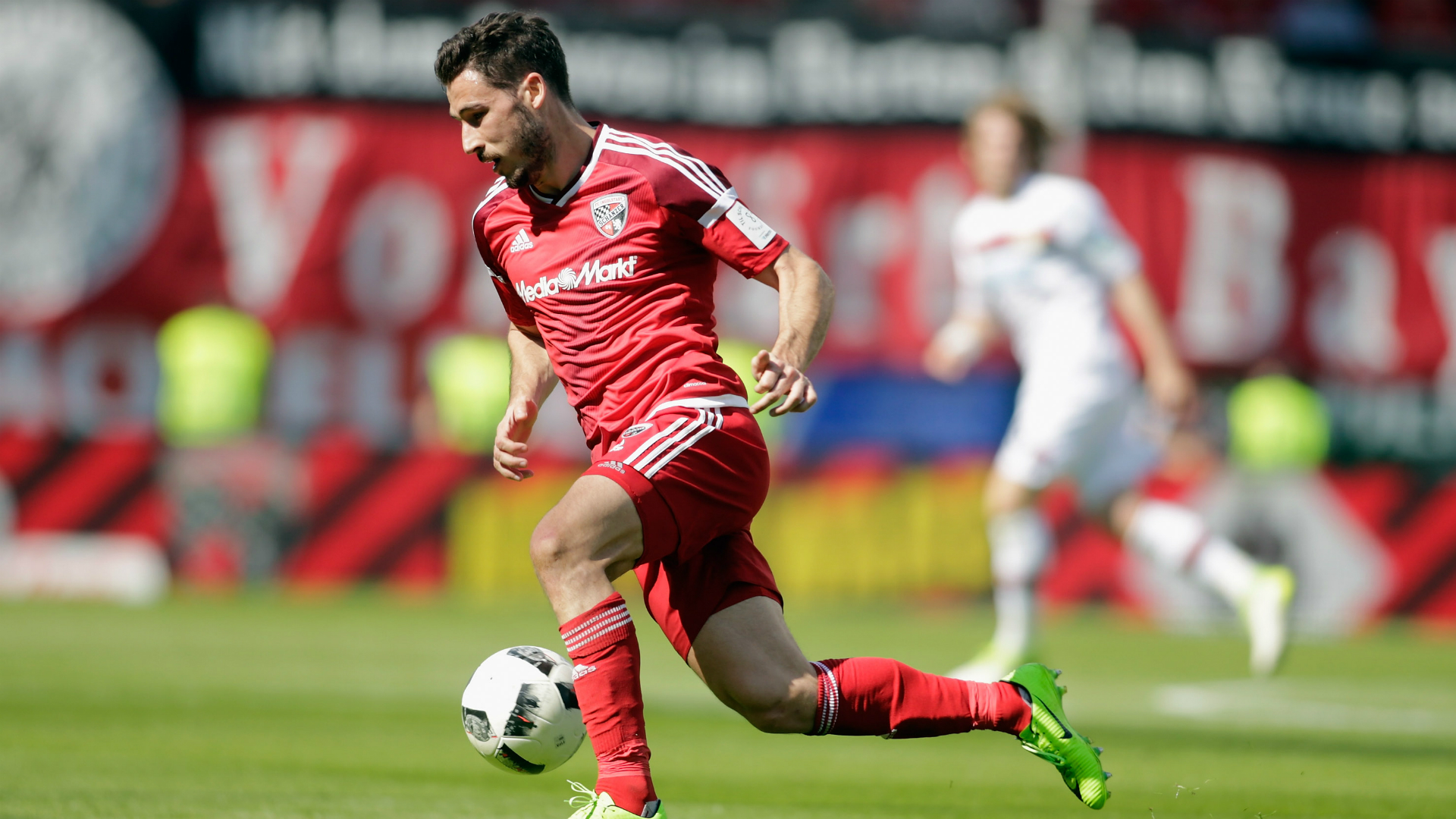 Hertha Berlin signs Australia forward Mathew Leckie