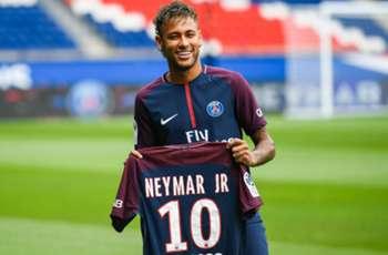 Ronaldinho saddened by Neymar's Barcelona exit