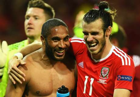 VIDEO: Wales top Group B