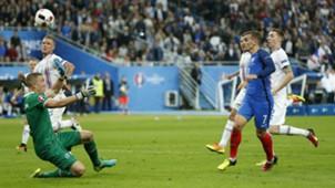 Griezmann France Iceland Euro 2016 QF 07032016