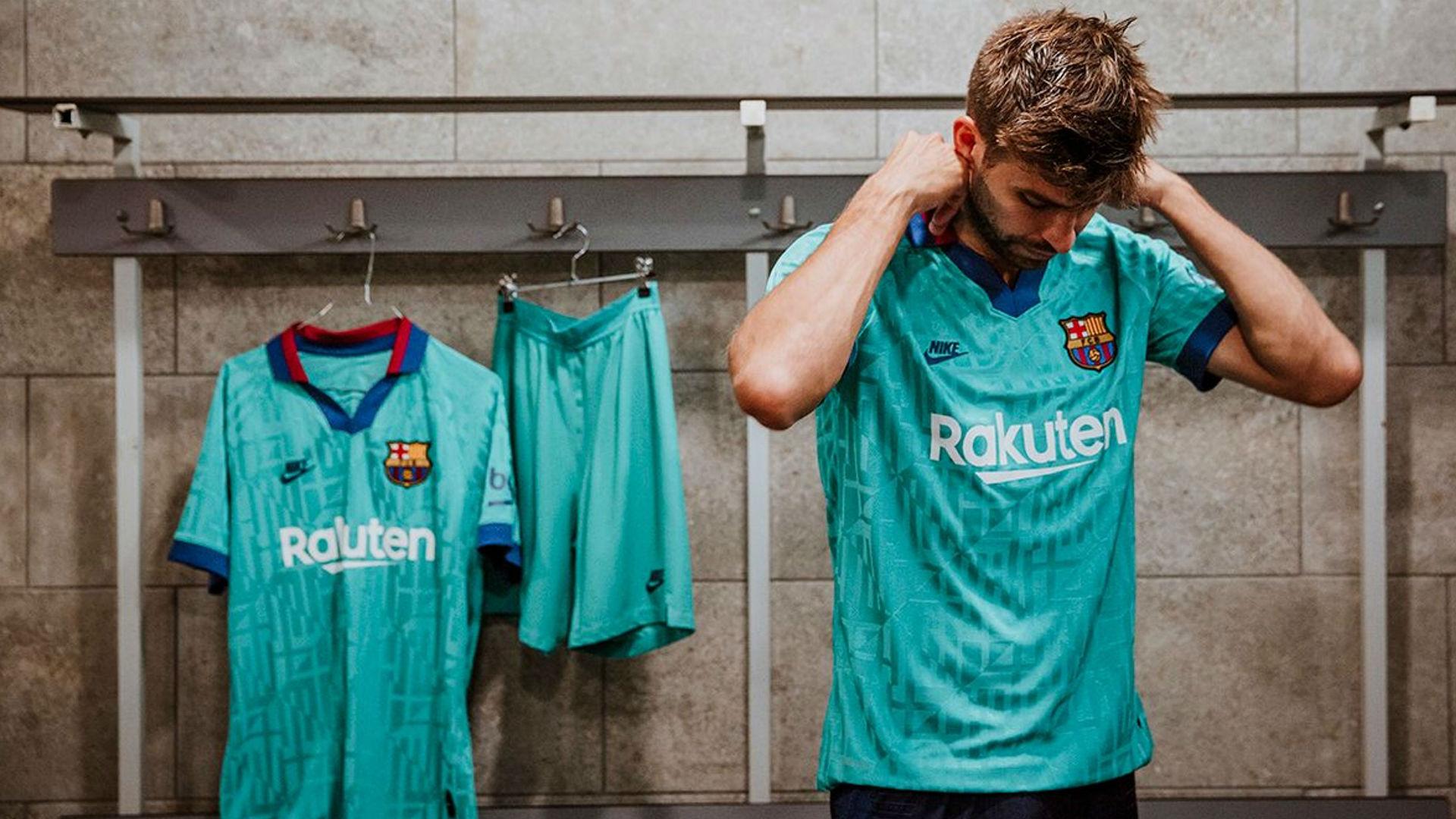 Le Barça dévoile son nouveau maillot third