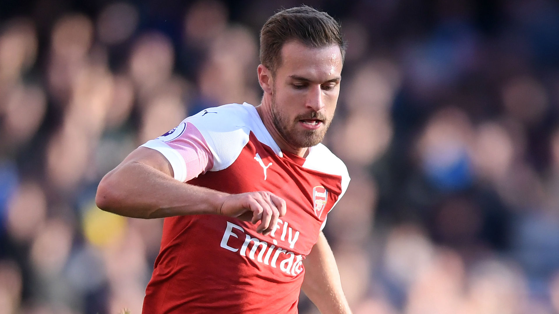 Aaron Ramsey: Ian Wright backs Arsenal contract 'stance' on Wales misfielder
