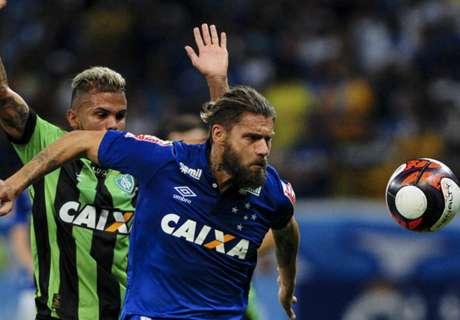Sóbis faz críticas ao Mineiro