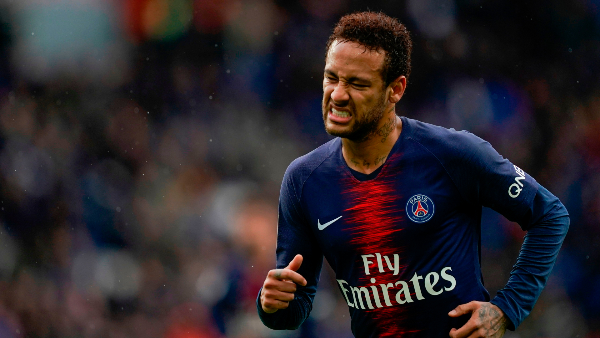 Barcelona 'will do what we can' to sign Neymar, says club director Bordas