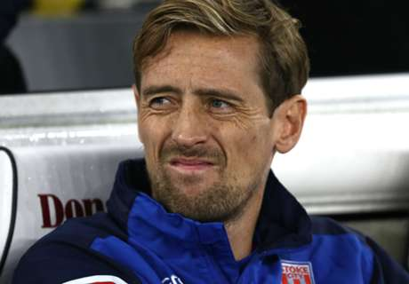 Crouch sets Premier League substitute record