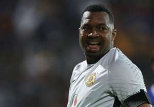 ITUMELENG KHUNE = 8/10- Led by example once again and reacted well when called upon by the visitors.