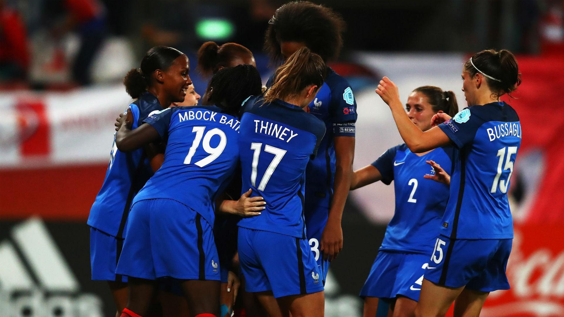 Les Bleues se qualifient dans la douleur — Euro féminin