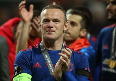 Rooney sends thoughts to Manchester