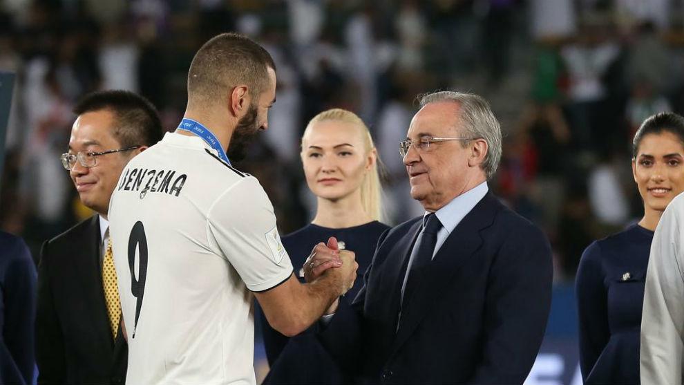 Real Madrid - Dans un stade, Florentino Perez se lève uniquement pour Karim Benzema et Sergio Ramos