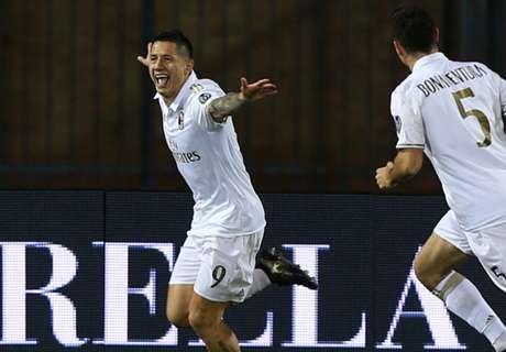 Milan keep up Juve chase
