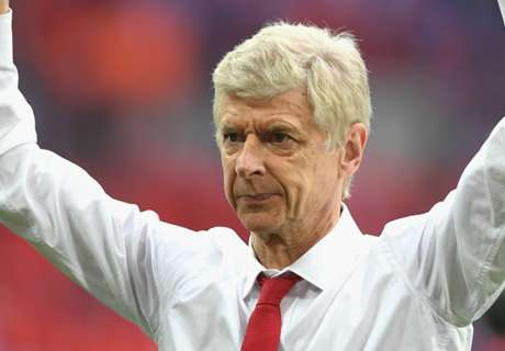 Wenger agrees two-year Arsenal deal