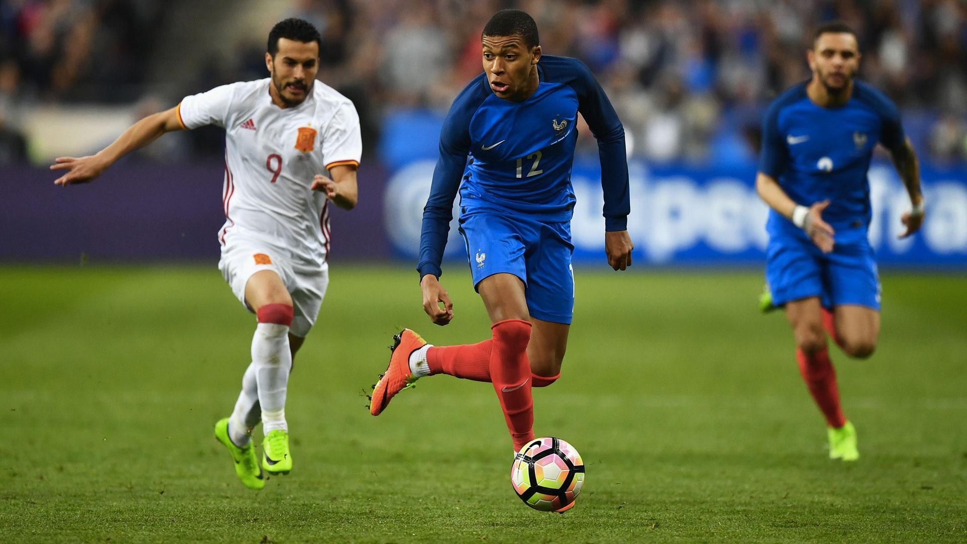 フランスの選手たちと比較