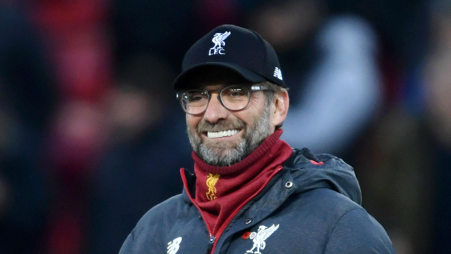 Liverpool manager Jurgen Klopp meets Siya Kolisi and Faf du Plessis