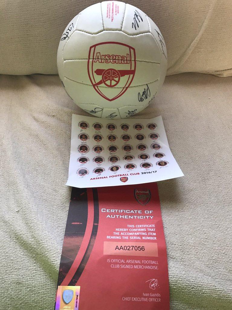 Arsenal signed ball