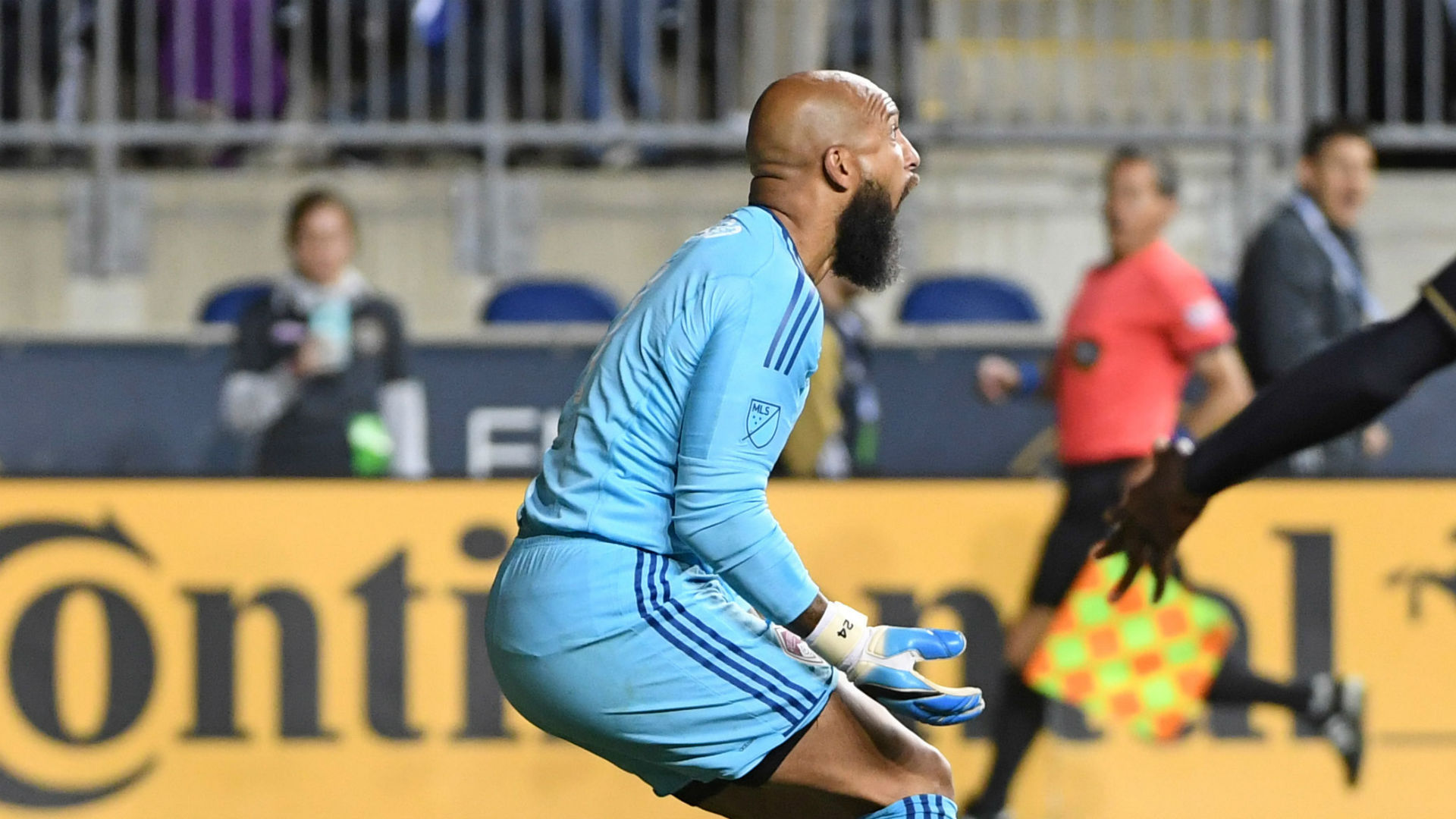 Tim-howard-colorado-rapids-052017_1az5sp6imxav41melw2cmsjoh8