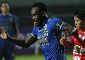 In Indonesia, Michael Essien snatched a late equaliser for Persib Bandung as they rescued a 1-1 draw from Bhayangkara United on Sunday. The Bison's near-range finish with 16 minutes on the clock extends Persib's unbeaten streak to eight games, and they...